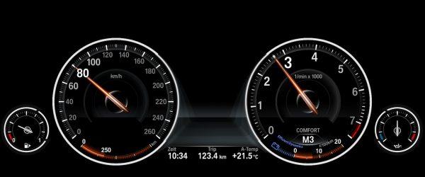 jayjay21-bmw-otomotiv-araba-performans-modifiye-siyah-gosterge-paneli-led-isik-3