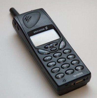 jayjay21 teknoloji karsilastirma telefon ipjone sony ericsson alcatel 377 - Üstttekine hediye al