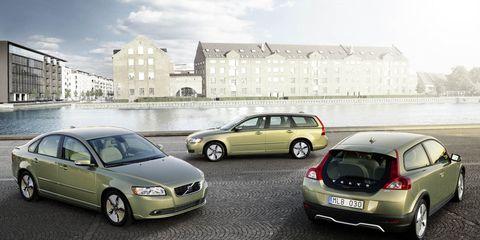 Saat yönünde, sağ baştan Volvo C30, S40 ve V50 - Volvo C segment familyası